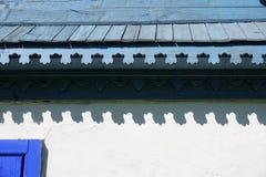Szczegół szalunku eave gontu dach zdjęcia stock