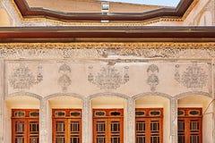 Szczegół wzór na dekoracyjnym stiuku w Tabatabaei domu, Kash Fotografia Stock