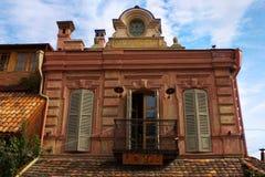 Szczegóły sztuk fasady i budynku wystrój w Tbilisi Obrazy Stock