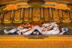 szczegół Yashamon brama przy Taiyuinbyo świątynią w Nikko, Japonia Zdjęcia Stock
