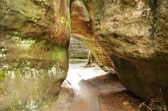 Szczeliniec Wielki in montagne di Gory Stolowe, Polonia Immagini Stock