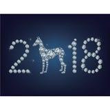 Szczęśliwi 2018 nowego roku kreatywnie kartka z pozdrowieniami z psem zrobił up mnóstwo diamentom Obraz Royalty Free
