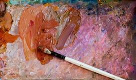 Szczotkarski artysta i paleta artysty warsztat s obraz stock