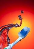 szczotkarskiego zębu wodna fala Zdjęcia Royalty Free