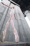 Szczupła balerina zdjęcia stock