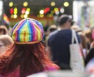 Szczyci się 19 LGBT festiwalu tęczy cekinu płaskiego kapelusz obraz royalty free