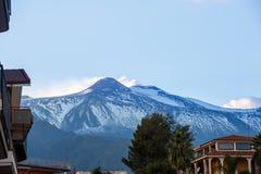 Szczyt góra Etna, rzygający popiół i gazy Fotografia Royalty Free