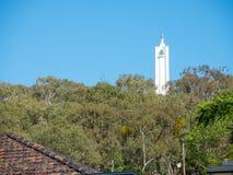 Szczyt obserwaci teren z pierwszą wojną światowa & II pomniki wyprostowywał mieszkanami Albury upamiętniać obrazy royalty free