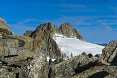 Szczytowy Aiguille Du Objeżdżający wydźwignięcie nad lodowiec Plateau Du Trient Obraz Royalty Free