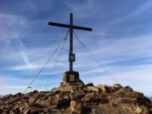 Szczytu krzyż Fotografia Royalty Free
