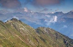Szczytu krzyż w Carnic Alps, Sillian, Puster dolina, Austria Zdjęcia Royalty Free