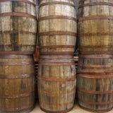 Sześć drewnianych baryłek Fotografia Stock