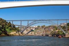 Sześć mostów Rzecznych rejsów, Porto, Portugalia fotografia royalty free