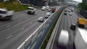 Sześć pasa ruchu dostępu autostrad w Polska zdjęcie wideo