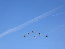 Sześć samolotów latają w formaci Zdjęcia Royalty Free