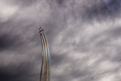 Sześć samolotów w niebie Zdjęcia Royalty Free