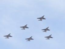 Sześć Yak-130 w niebie Obrazy Royalty Free