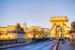Szechenyi铁锁式桥梁在布达佩斯,匈牙利 库存图片