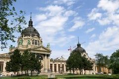 Szechenyi är det medicinska badet i Budapest, Ungern, det största medicinska badet i Europa Fotografering för Bildbyråer
