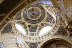 Szechenyi är det medicinska badet i Budapest, Ungern, det största medicinska badet i Europa Royaltyfri Foto