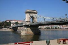 Szechenyi Chain bro Budapest arkivfoto