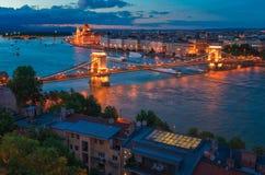 Szechenyi Chain bro i den Budapest Ungern Arkivbilder