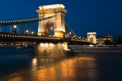Szechenyi Chain bro i den Budapest Ungern Fotografering för Bildbyråer