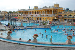 Szechenyi Spa in Boedapest stock foto