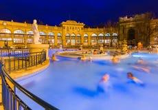Szechnyi热量浴温泉在布达佩斯匈牙利 免版税库存照片
