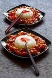Szechuan Huhn und Reis Lizenzfreies Stockfoto