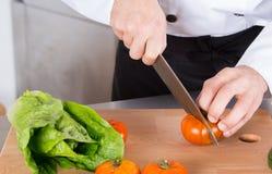 szef kuchni ciapania warzywa zdjęcia royalty free