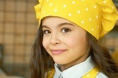 szef kuchni dziewczyny kapelusz trochę Obrazy Stock
