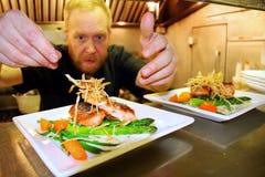 szef kuchni praca kuchenna mała zdjęcie royalty free