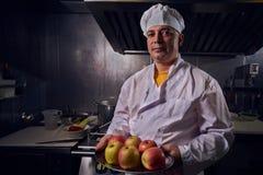 Szefa kuchni kucharz, wielki projekt dla żadny zamierza Kulinarny pojęcie Kuchenny portret zdrowa żywność pojęcie diety Szefa kuc fotografia royalty free