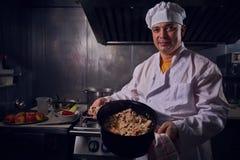 Szefa kuchni kucharz, wielki projekt dla żadny zamierza Kulinarny pojęcie Kuchenny portret zdrowa żywność pojęcie diety Szefa kuc fotografia stock