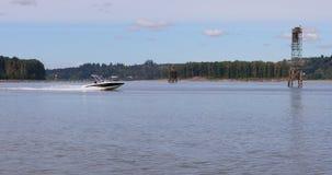 Szene des Columbia Rivers nahe Gresham, Oregon stock video footage