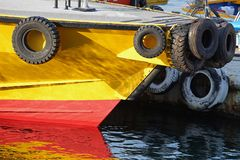 Szene des Schiffs des Hafens stockbild