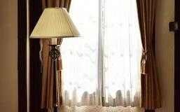 Szene am Fenster des Raumes stockbilder