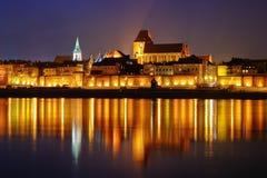 Szene mit mittelalterlicher Stadt Stockfotos