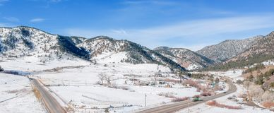 Szene Snowy Rocky Mountain stockbild