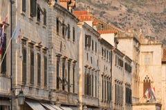 Szenische Ansicht Dubrovniks der Stadt ` s Gebäude lizenzfreie stockbilder