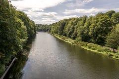 Szenische Ansicht von Abnutzungs-Fluss in Durham, Vereinigtes Königreich lizenzfreies stockbild