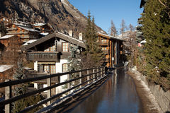 Szenische Ansichten vom Bergdorf von Zermatt, die Schweiz Lizenzfreies Stockbild