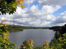 Szenische Fluss-Ansicht Stockbilder