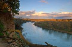 Szenische Flusslandschaft Stockfotografie