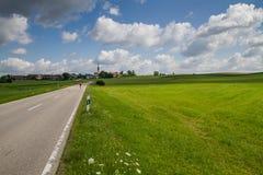 Szenische Landschaft im Bayern, Deutschland Lizenzfreie Stockbilder