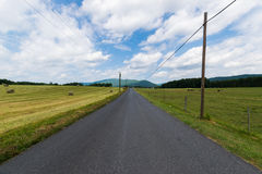 Szenische Landschaft von Elkton, Virginia um Shenandoah-Staatsangehörigen Lizenzfreies Stockfoto
