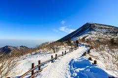 Szenischer Berglandschaftsschuß Koreas an Nationalpark Berg Seoraksan Stockbild