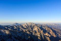 Szenischer Berglandschaftsschuß Koreas an Nationalpark Berg Seoraksan Stockfoto