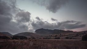 Szenischer Gebirgszug in Snowdonia stock video footage